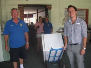 Bathurst Club sends whitegoods to Toowoomba
